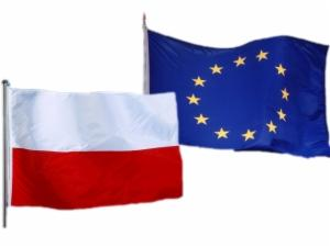 Polish and EU flag